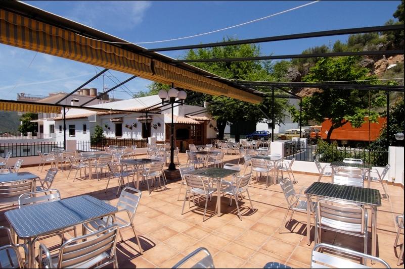 Restaurante-El-Capricho-terraza-panorámica-2